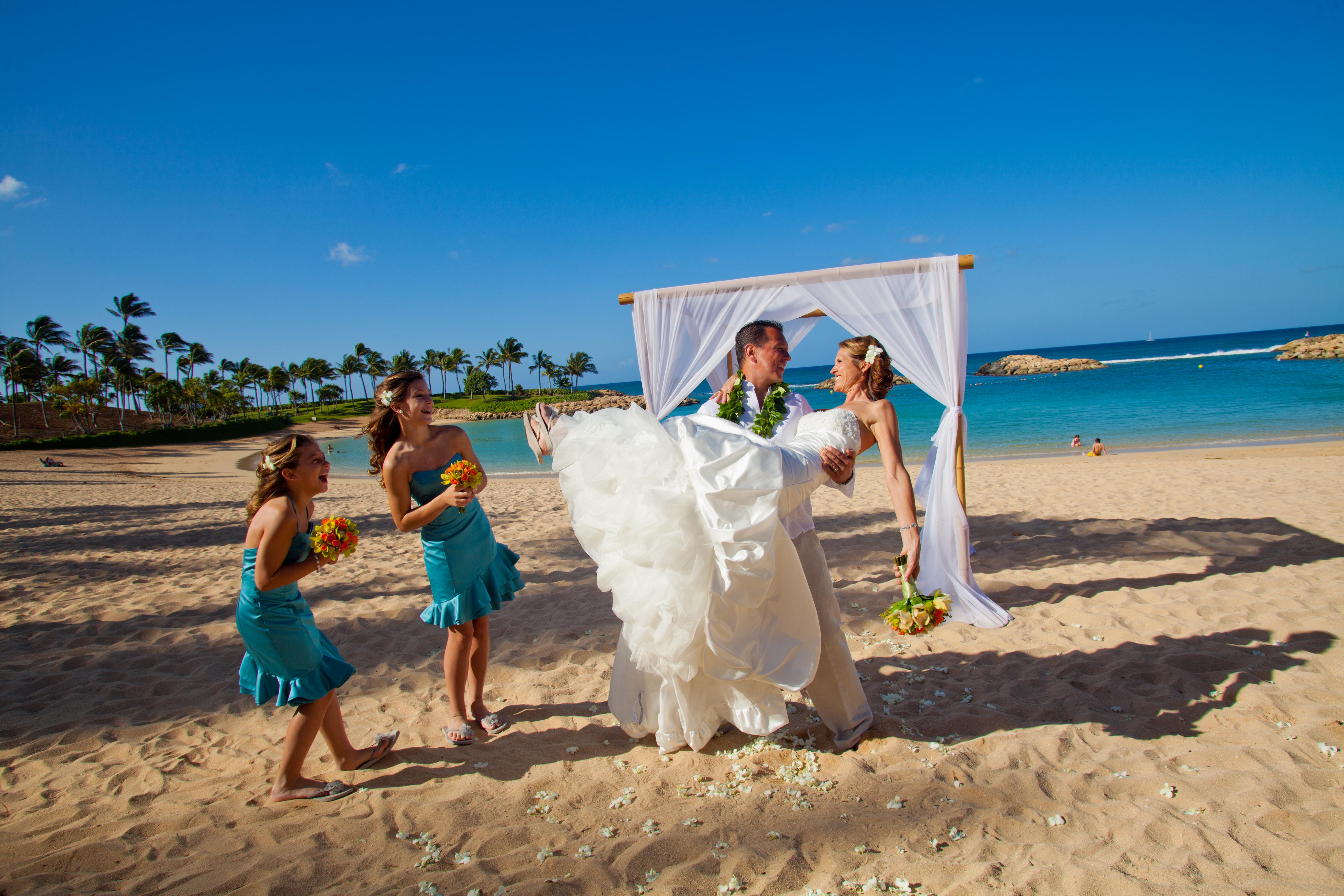 Mai Tais And Mickey Weddings At Disney S Aulani Resort
