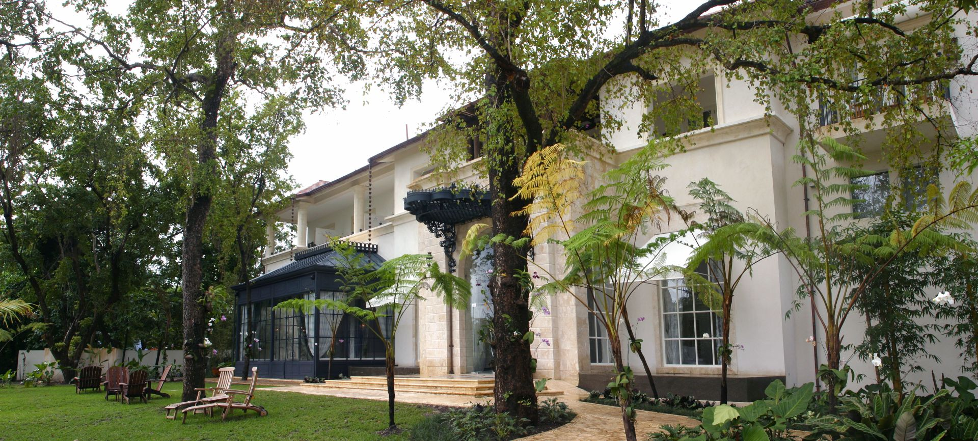 Casa colonial the dominican republic s secret best for for Small luxury hotels phoenix