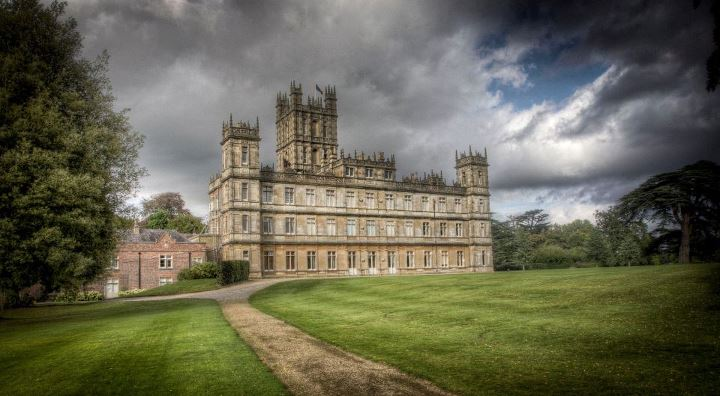 How to have a wedding at the real Downton Abbey ...