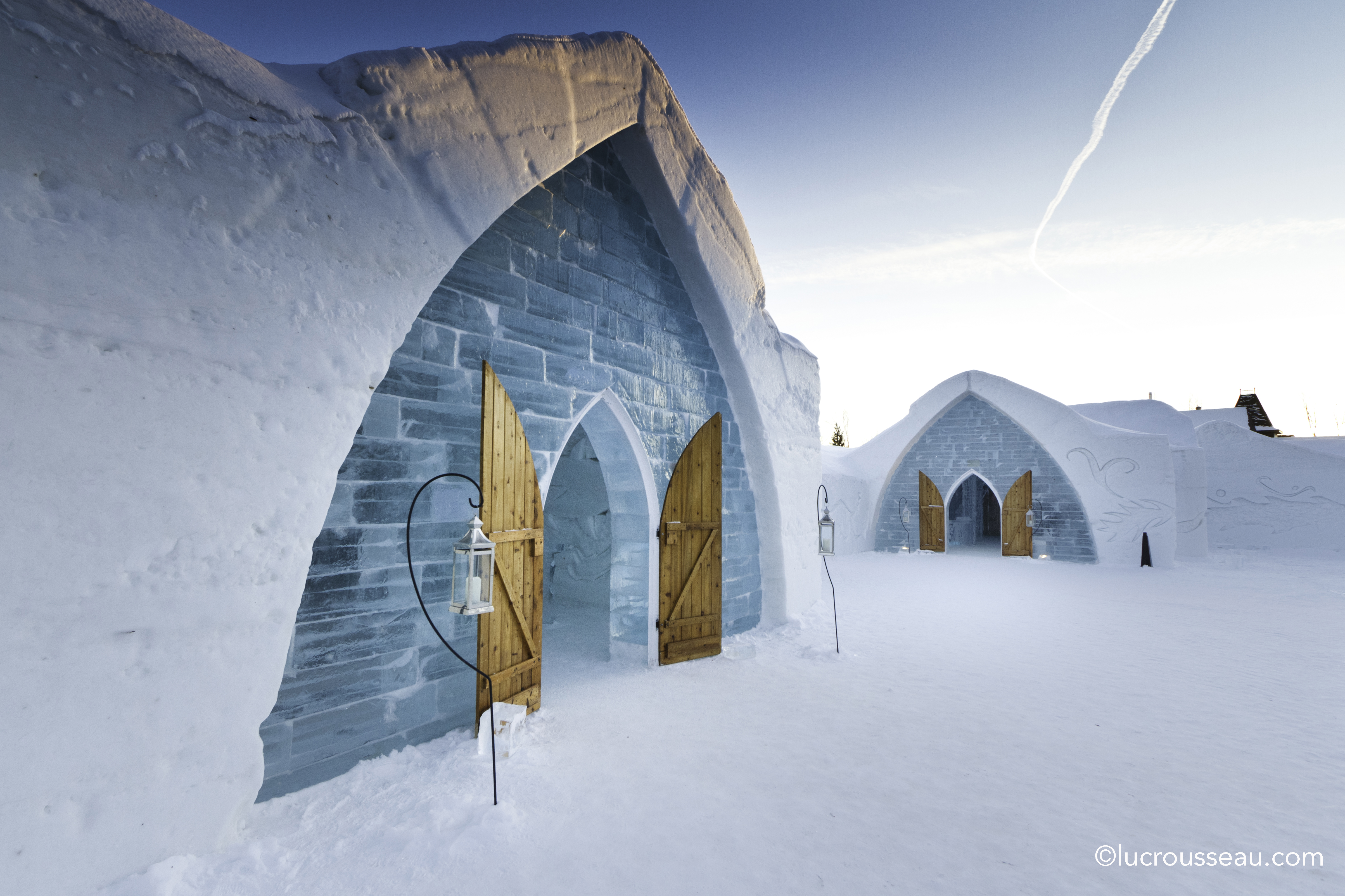 The Wedding Chapel At Quebec S Ice Hotel