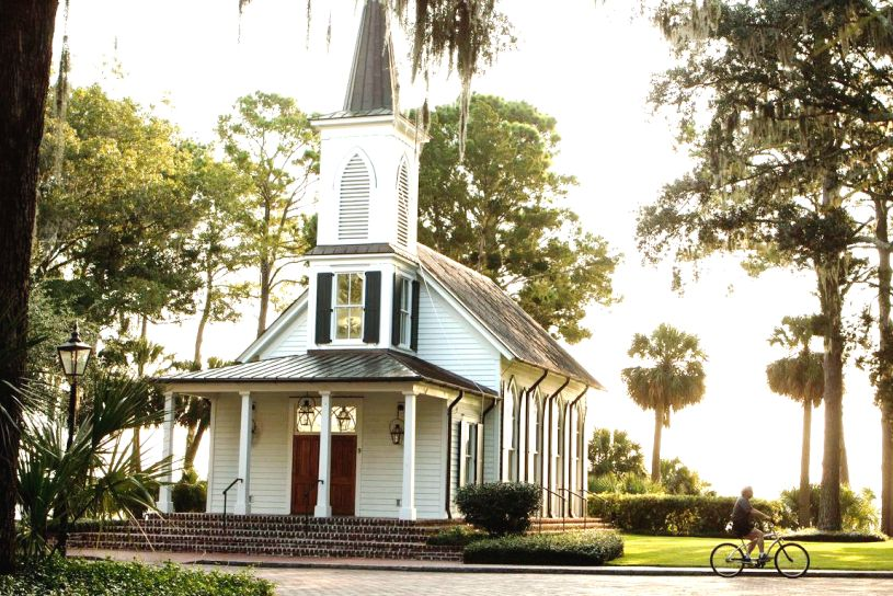 5 Reasons One South Carolina Chapel Has Wedding S Waiting In Line