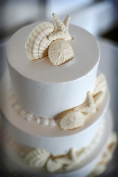 Shells on top of wedding cake at South Seas Island Resort.