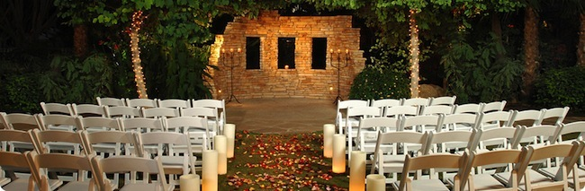 FireSky's popular wedding ceremony venue, the Oasis Lagoon