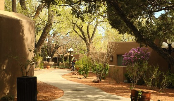 La Posada grounds