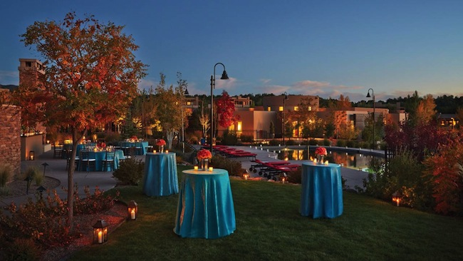 Four Seasons Santa Fe tables on lawn