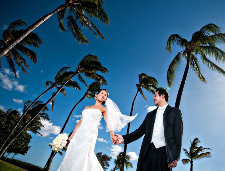 At the JW Marriott at Ihilani, weddings come with complimentary trade winds