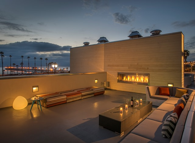 Roof deck at Spring Hill Suites, Oceanside CA